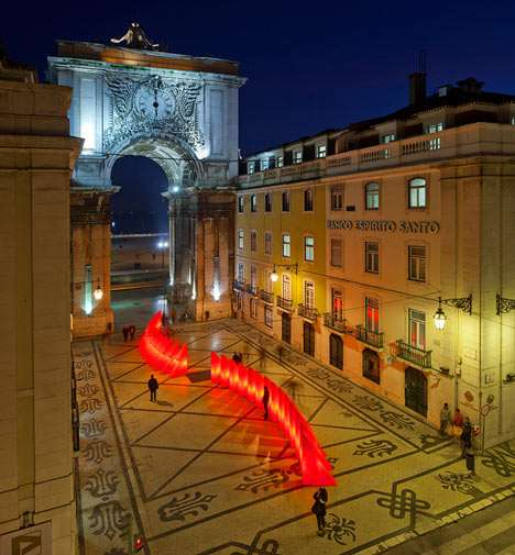 dezeen_Lisbon-Christmas-dezeen_Lights-by-Pedro-Sottomayor-José-Adrião-and-ADOC-6