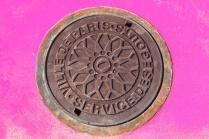Manhole, Paris