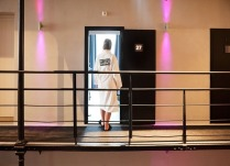 het-arresthuis-outside-room[2]