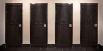 het-arresthuis-toilets[2]